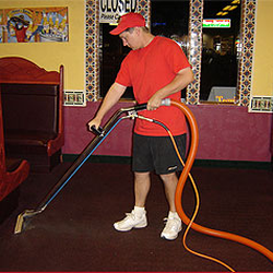 Huey's Maintenance & Carpet Cleaning - 17 Photos - Carpet