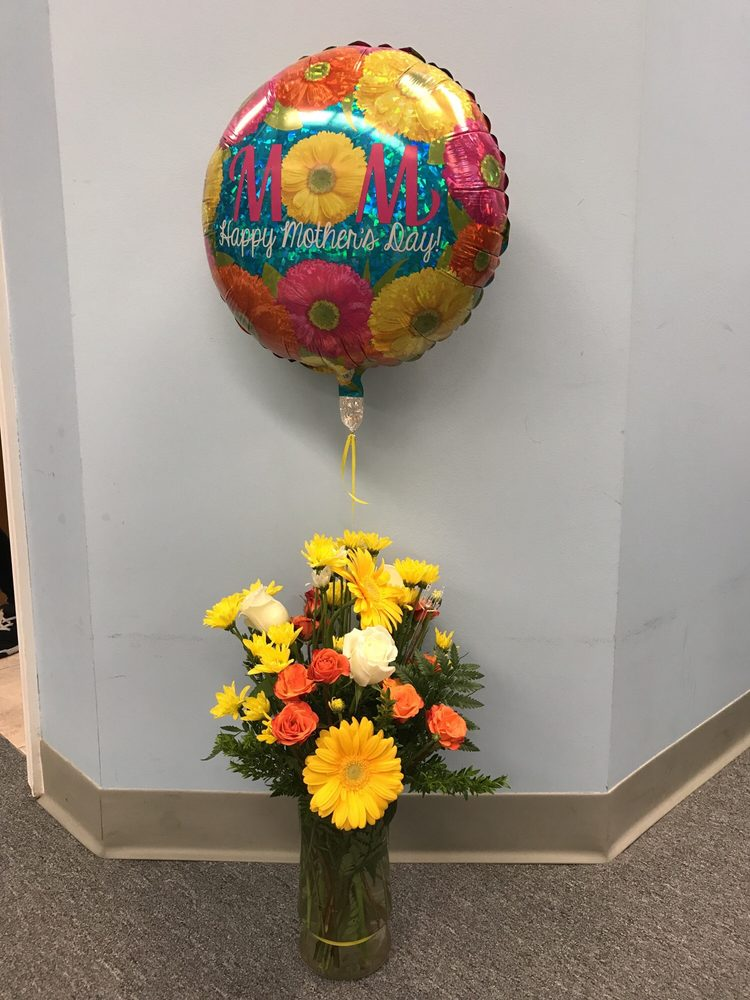 Belak Flowers: 832 Philadelphia Pike, Wilmington, DE