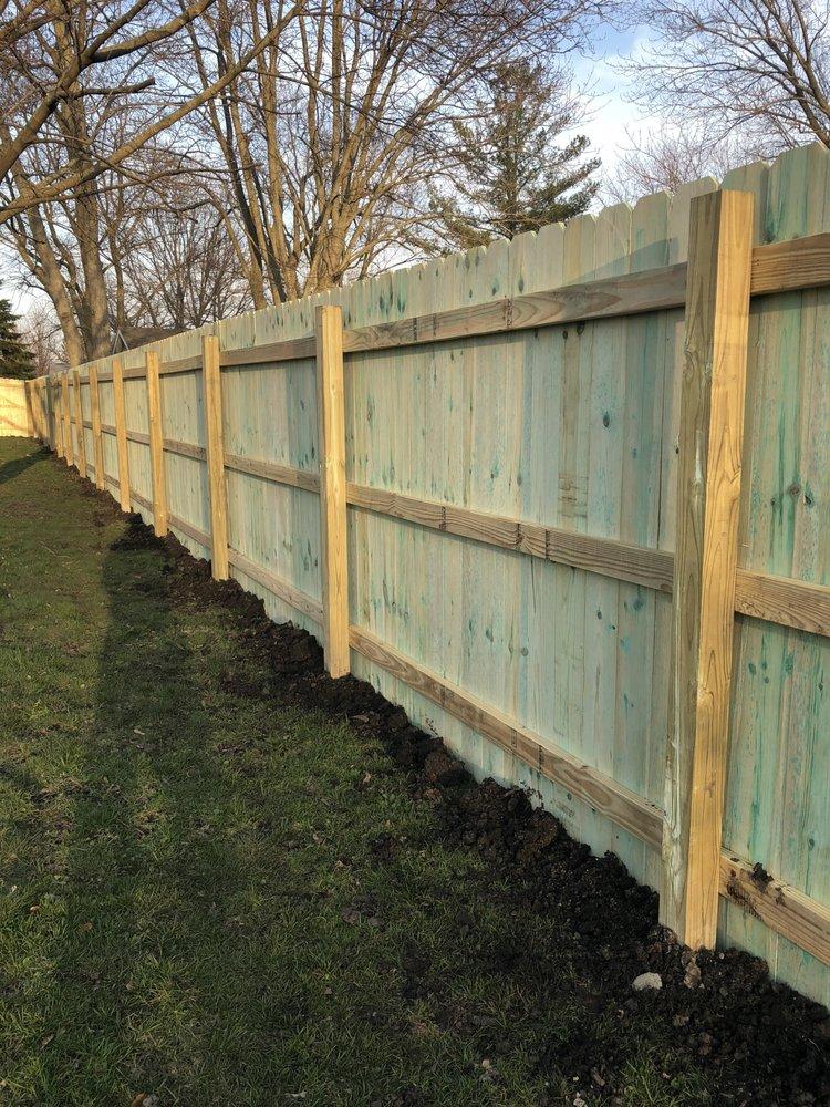 Riteway Fence: 1107 White Horse Trl, Metamora, IL