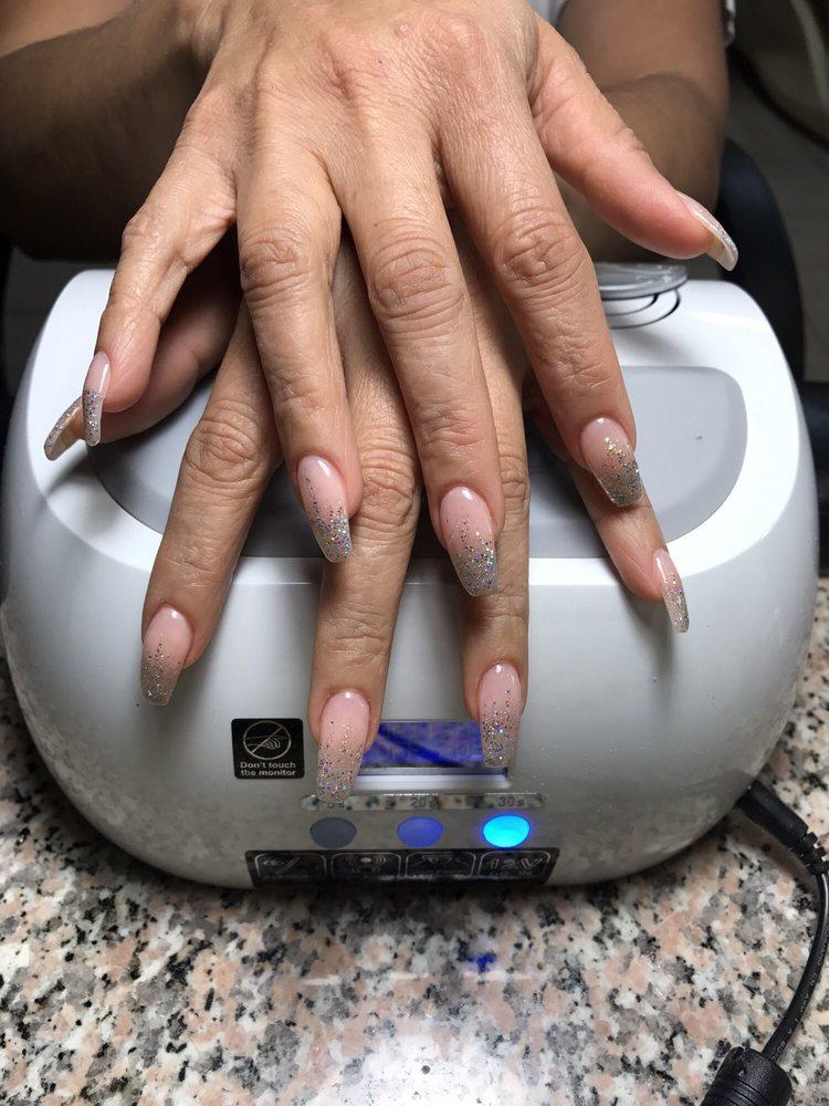 Hollywood Nails - 23 Photos & 29 Reviews - Nail Salons - 21124 ...