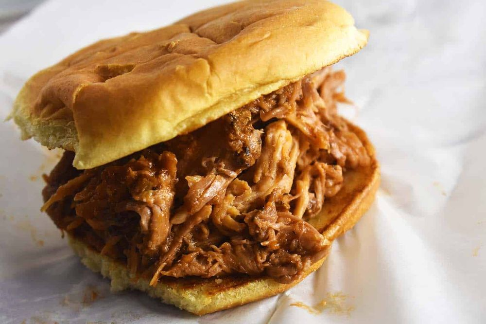 JoJo's Hot Dogs and BBQ: 240 Longhollow Pike, Goodlettsville, TN