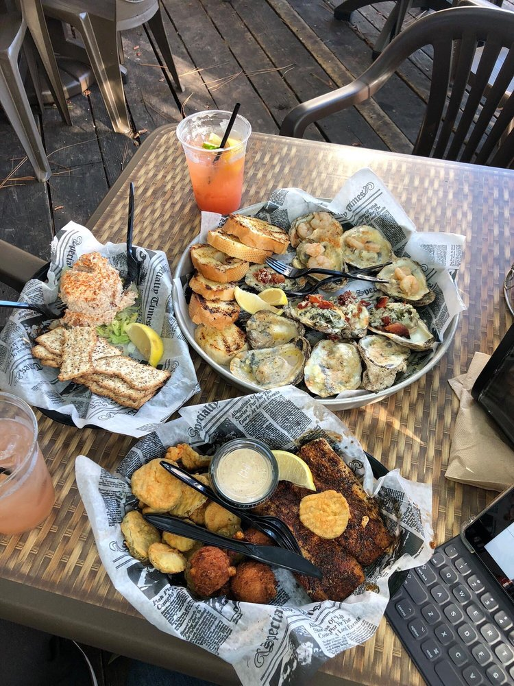 Doc's Oyster Bar
