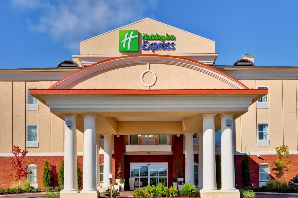 Holiday Inn Express - Mccomb