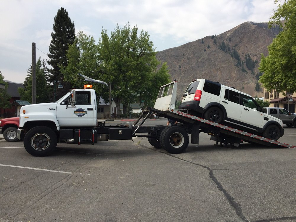 Abba Towing: 205 N Main St, Bellevue, ID