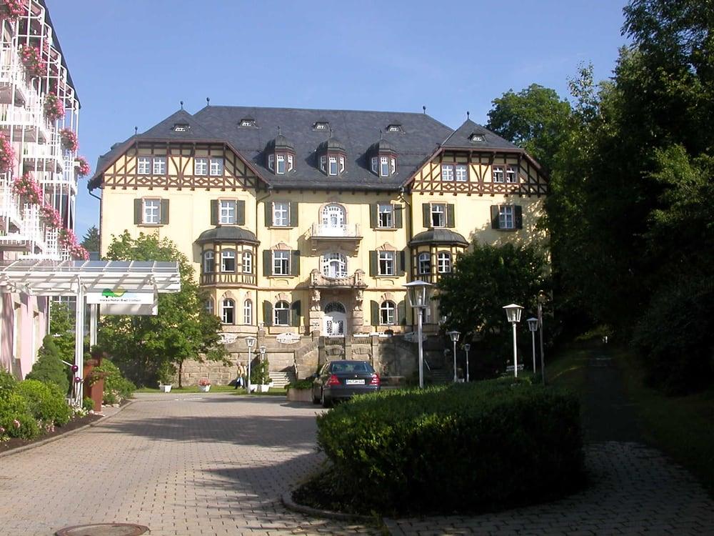 Aussenansicht Relexa Hotel Bad Steben Mit Parkschlosschen Yelp