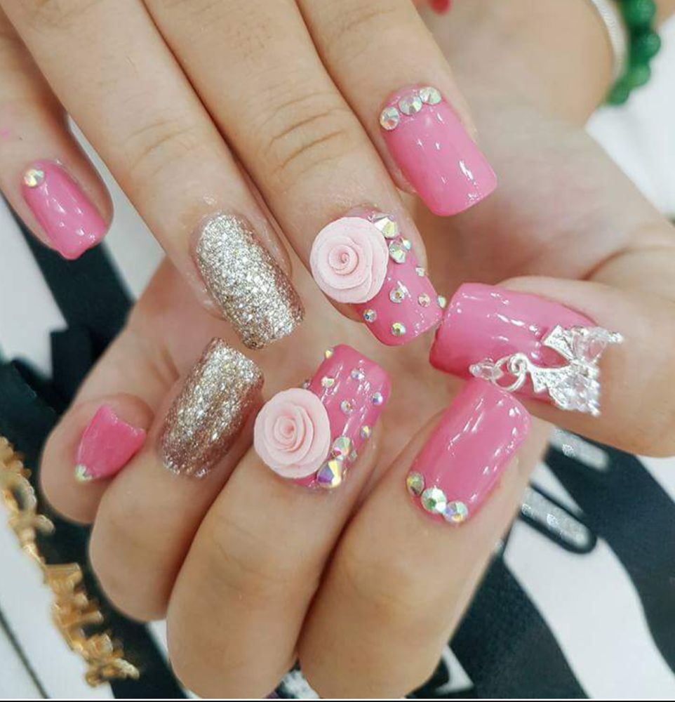 idol nails