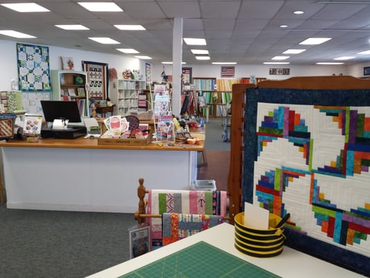 Quilt N Bee Fabric Stores 1425 W S Airport Rd Traverse City Mi