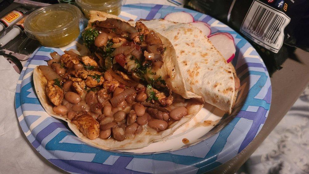 Tacos el Pariente: 800 John Long Rd, Oakland, OR