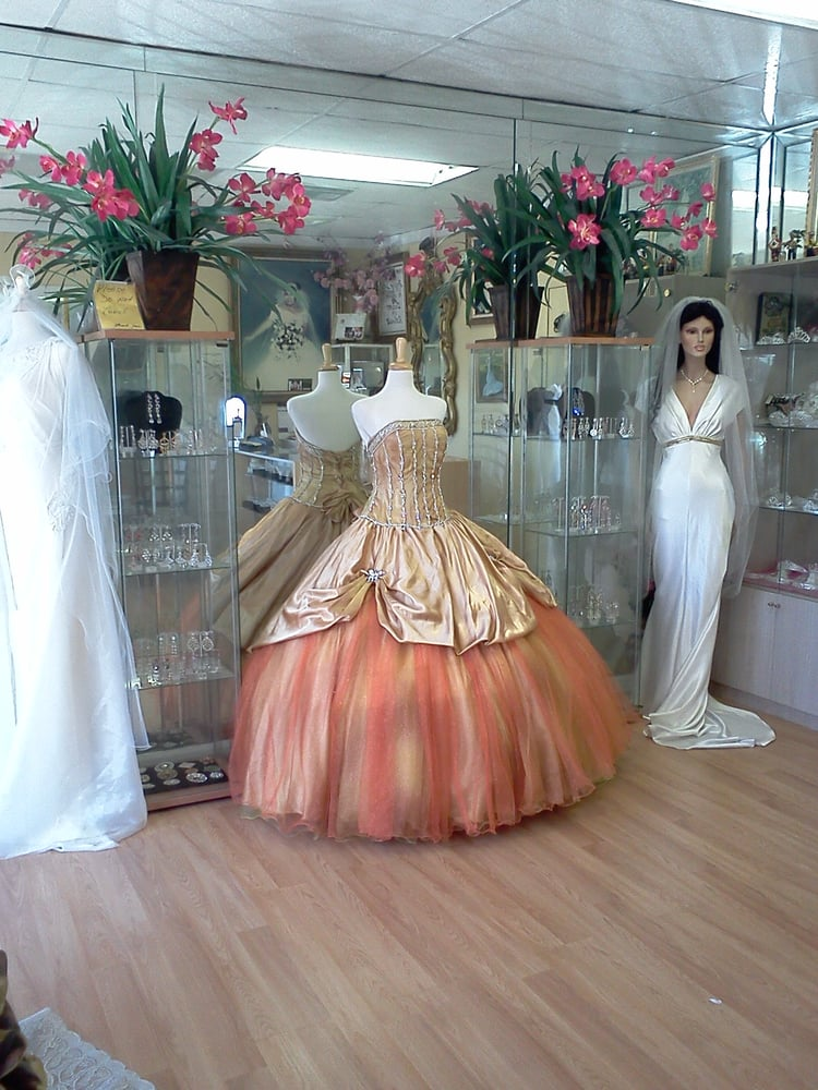 Carmen Fashions