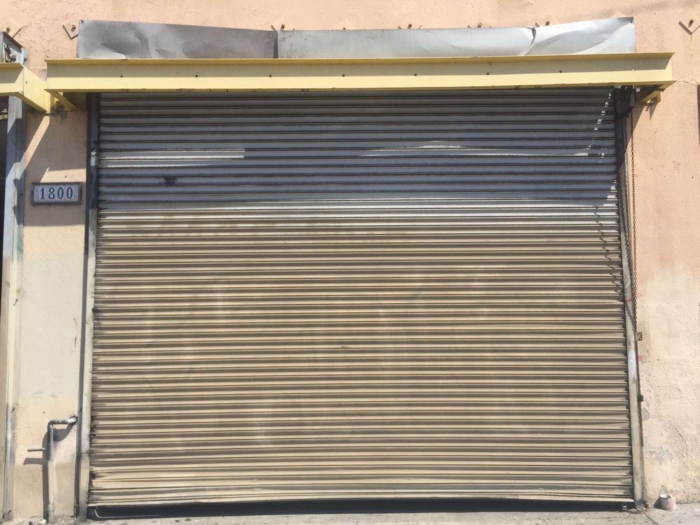 Roll up garage door yelp for Garage door repair rochester mn