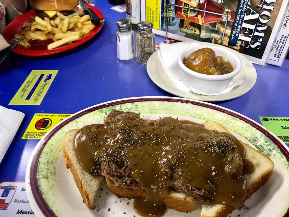 Mom's Cafe: 417 N Sealy Ave, Justin, TX