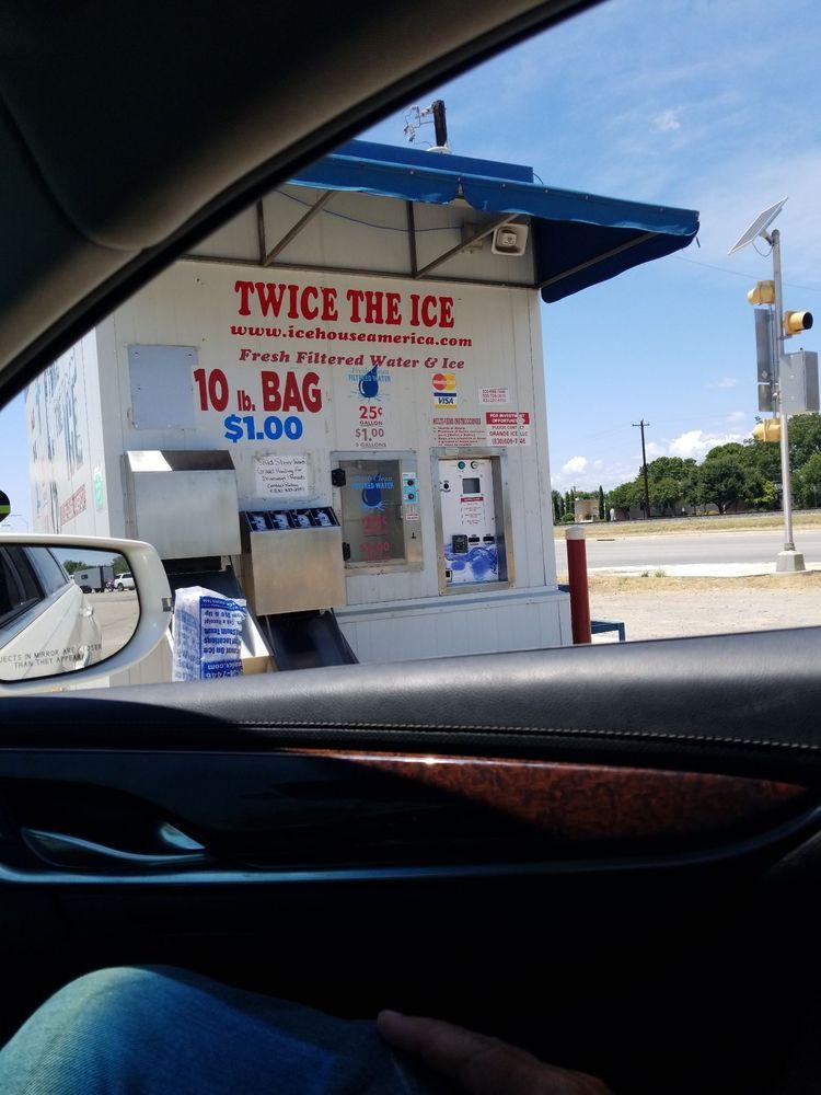 Twice the ice: US-90, Hondo, TX
