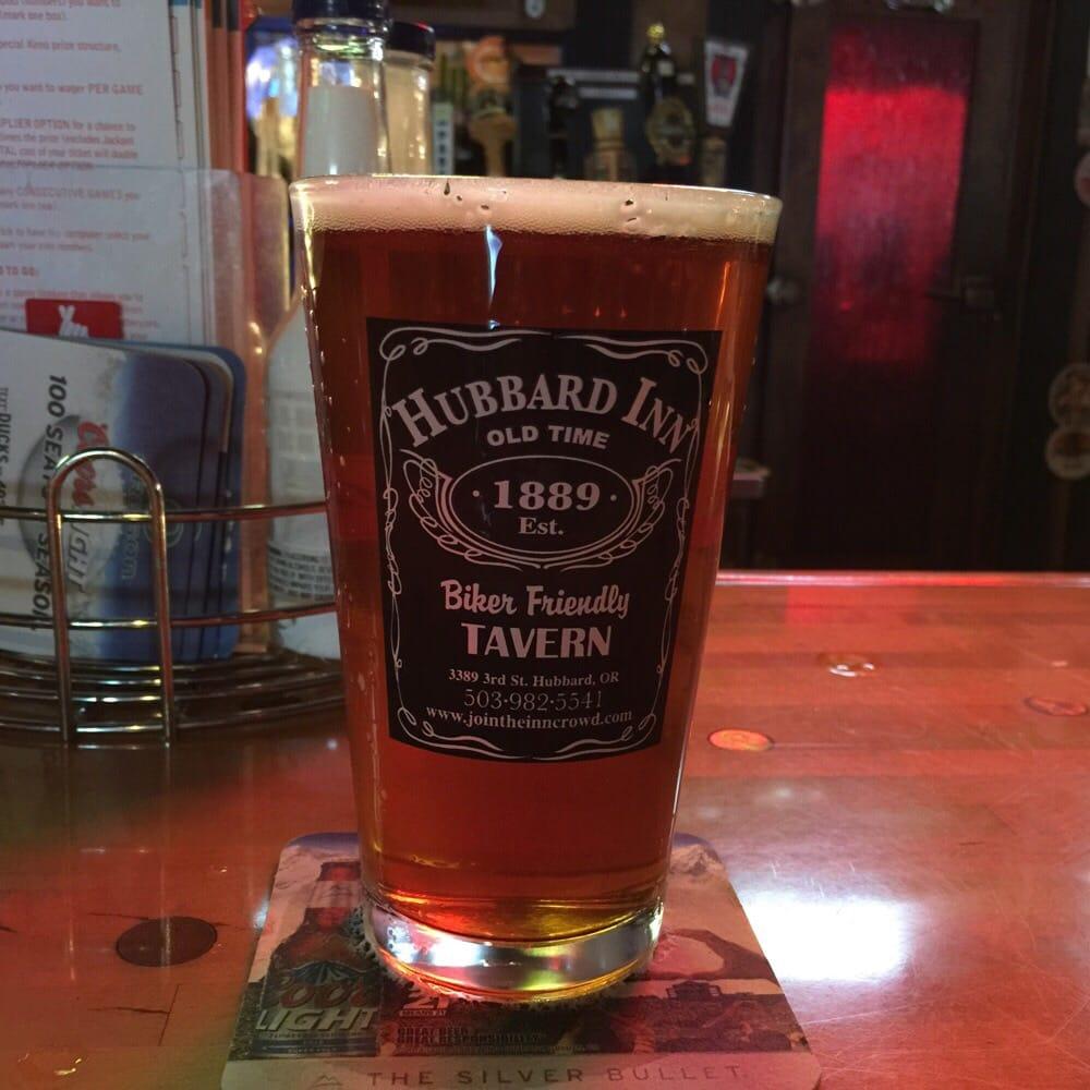 The Hubbard Inn: 3389 3rd St, Hubbard, OR