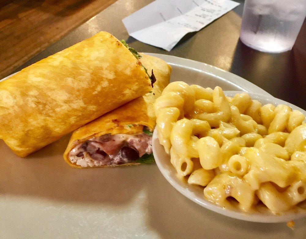 Collins River BBQ & Cafe: 117 E Main St, McMinnville, TN