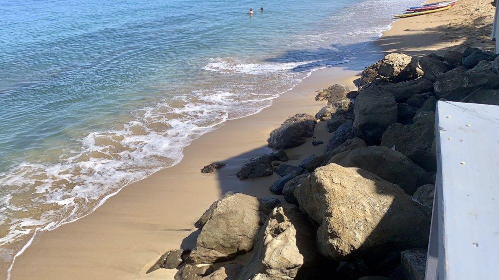 Tres Sirenas Beach Inn - Rincón