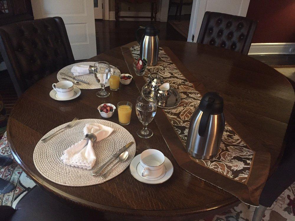 Baldwinsville Bed and Breakfast: 70 Oswego St, Baldwinsville, NY