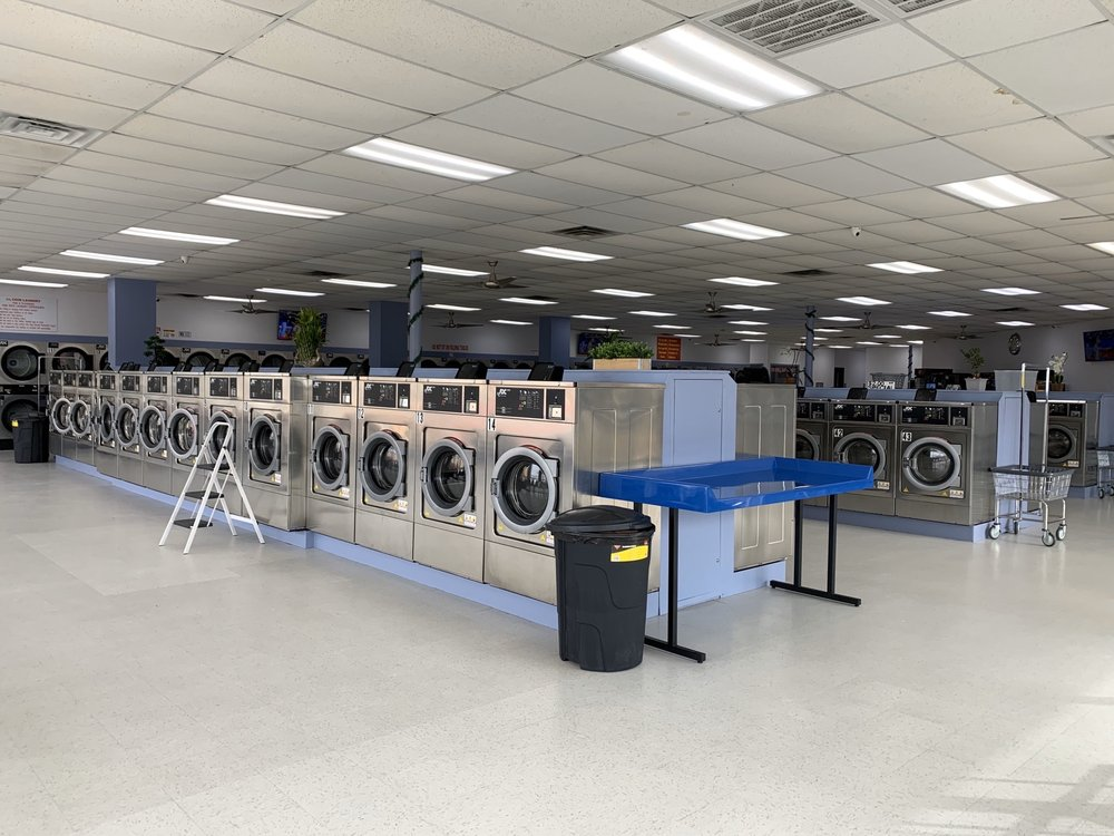 City Coin Laundry: 1305 S State Hwy 121, Lewisville, TX
