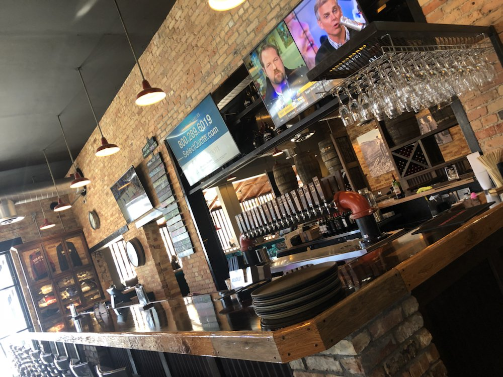 Boomtown Brewery & WoodFire Grill: 531 E Howard St, Hibbing, MN