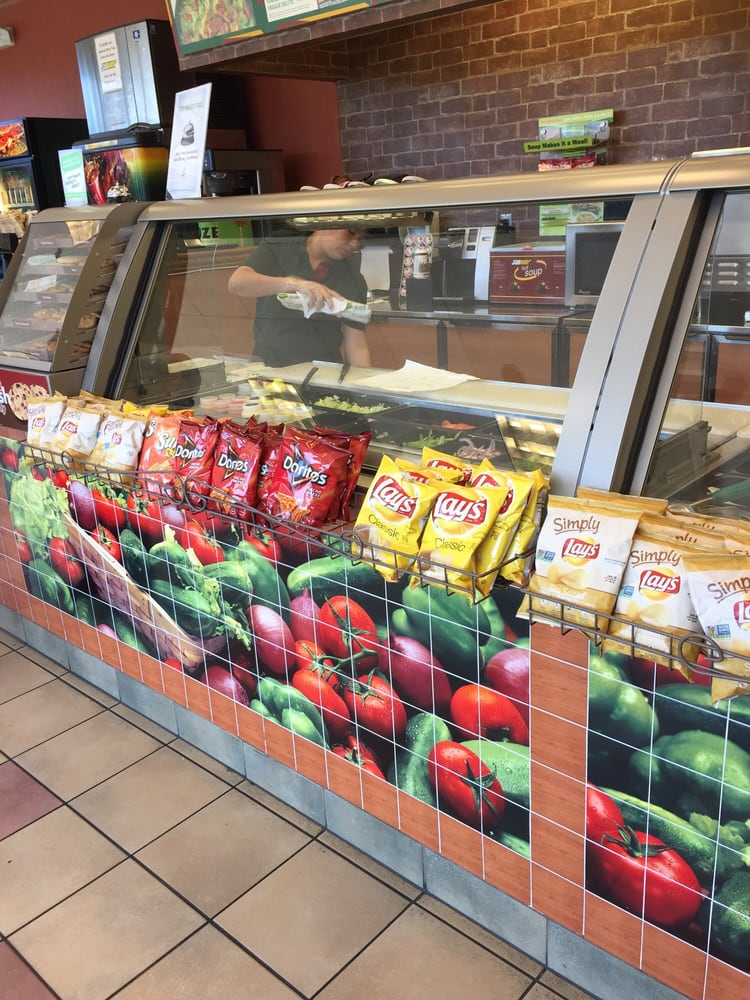 Subway: 23070 Oak Grove Rd, Sterling, VA