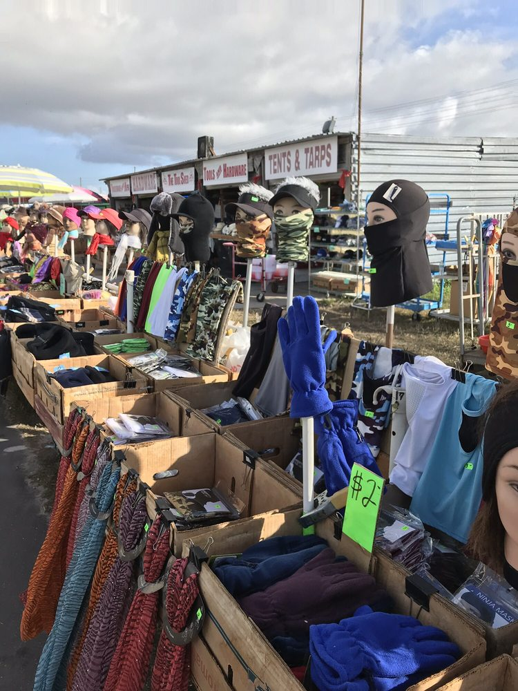 Wagon Wheel Flea Market: 7801 Park Blvd N, Pinellas Park, FL