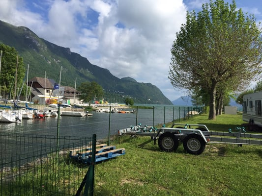 Camping ile aux cygnes camping campsites 501 for Camping bourget du lac avec piscine