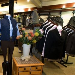 Local Great Falls tack shop, featuring latest in equestrian fashion, new and used saddle sales, as well as other items you need to outfit your horses.