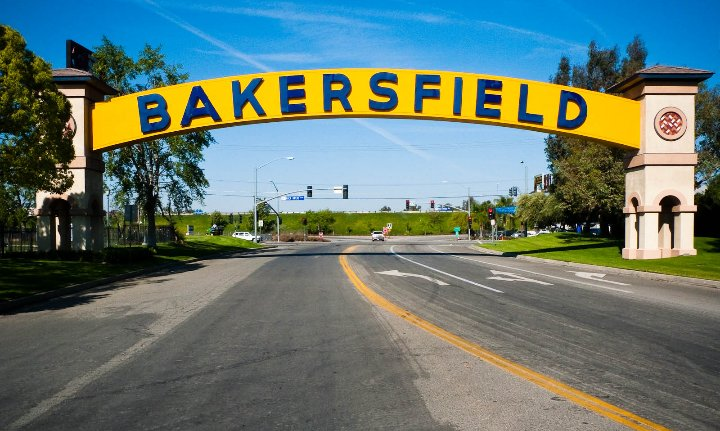 A One Taxi: Bakersfield, CA