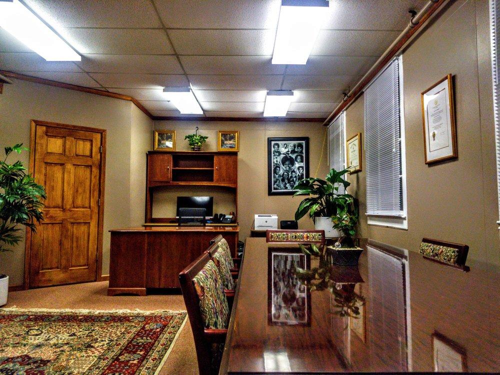 Law Office of Mary L Carstarphen: 2600 E Meighan Blvd, Gadsden, AL