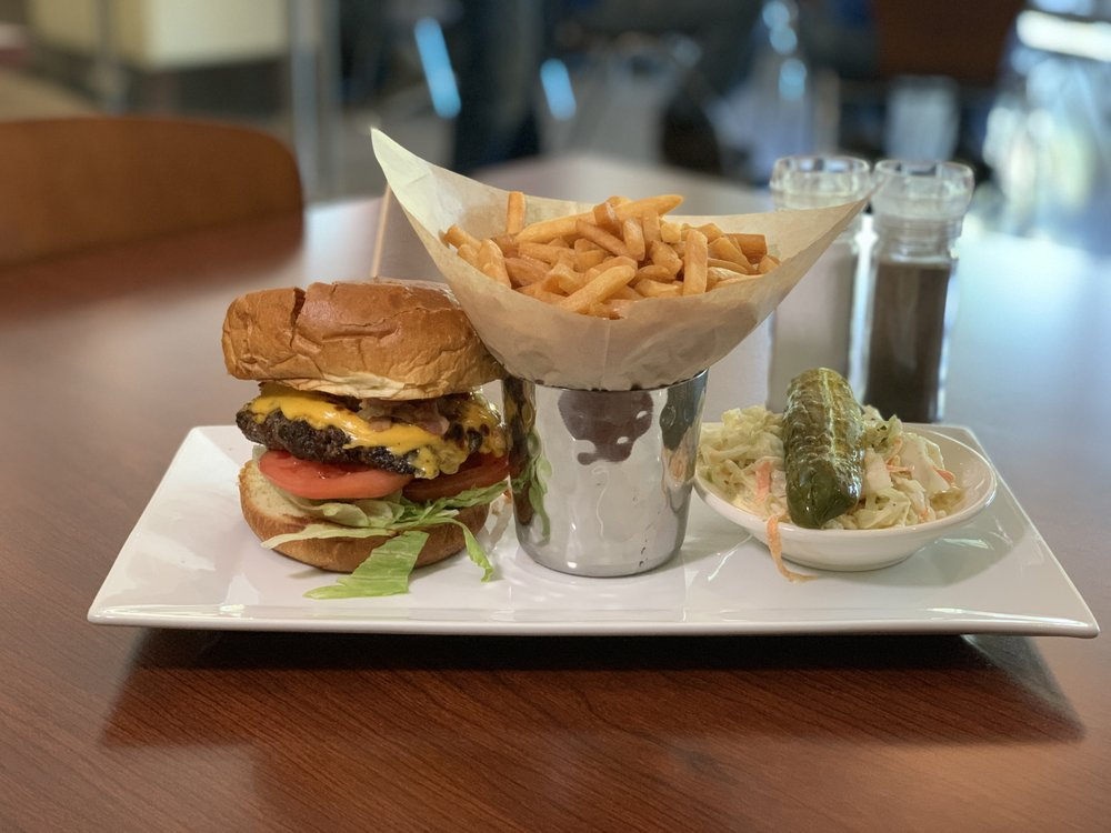 The Mirage Restaurant & Café: 690 North Ave, New Rochelle, NY