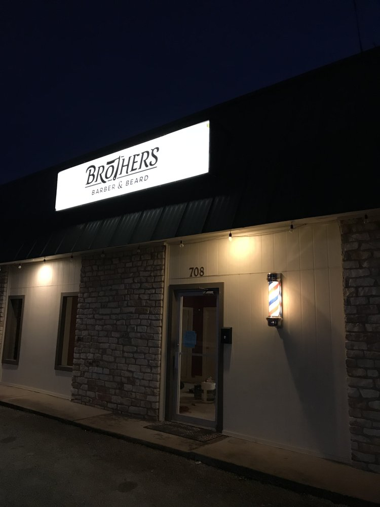 Brothers Barber and Beard: 708 2nd St, Marble Falls, TX