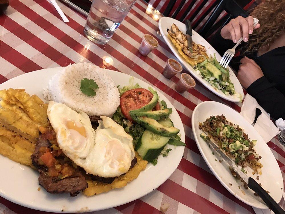 Pueblito Paisa Colombia Restaurant: 66 Hollis St, Framingham, MA