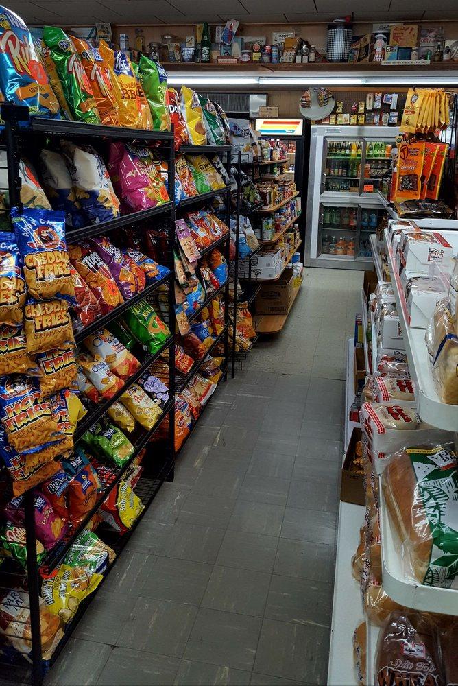Harris Grocery: 887 Lake Ave, Lake Luzerne, NY