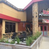 Photo Of Famous Daveu0027s   Bolingbrook, IL, United States. Great Outdoor Patio .
