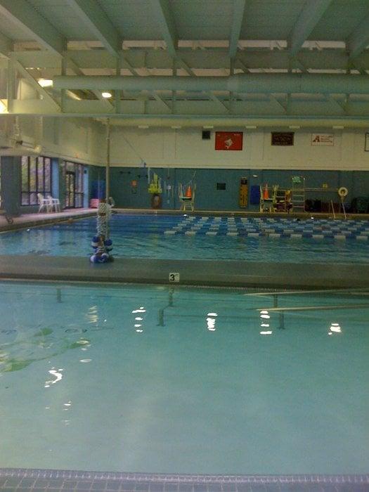 George Washington Recreational Center: 8426 Old Mount Vernon Rd, Alexandria, VA