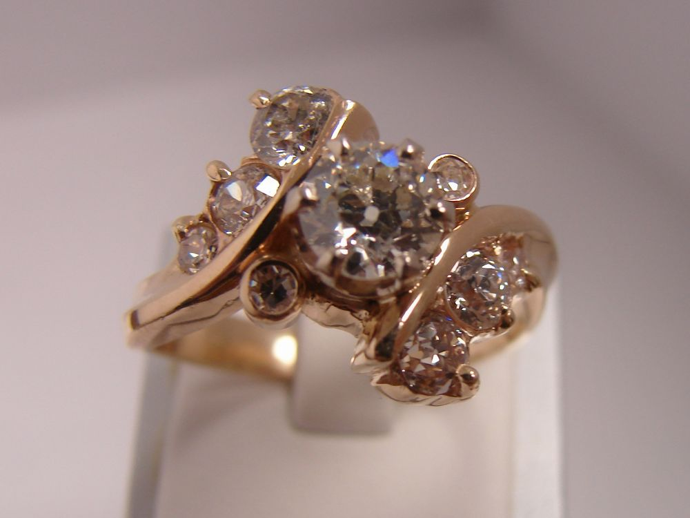 Grunwald & Kiger Fine Jewelers: 4700 4th St SW, Mason City, IA