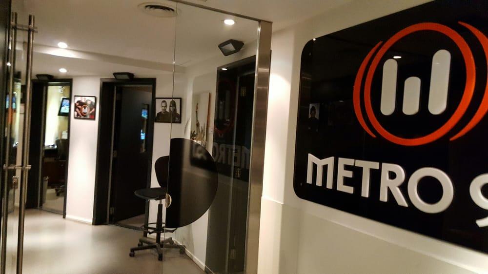 Radio Metro 95.1: Capitán General Ramón Freire 932, Buenos Aires, C