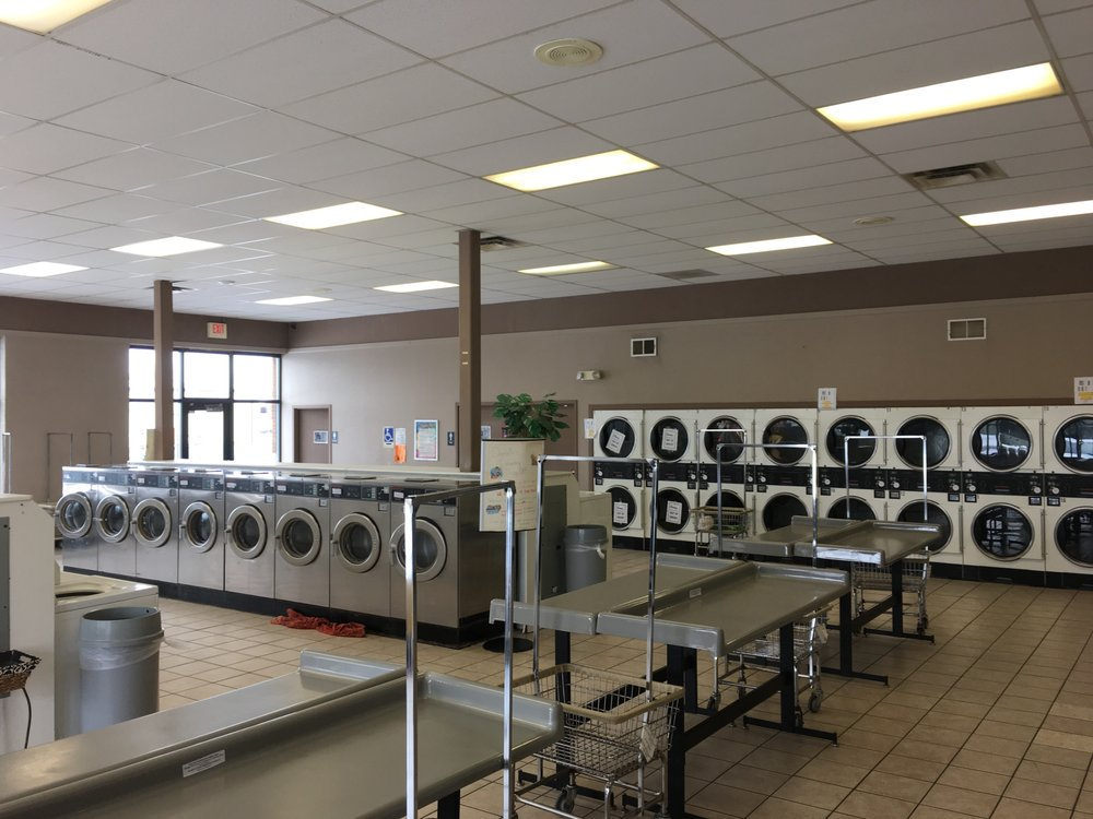 Courtney's Cruise Thru Tanning & Laundry: 1144 Norton Rd, Columbus, OH
