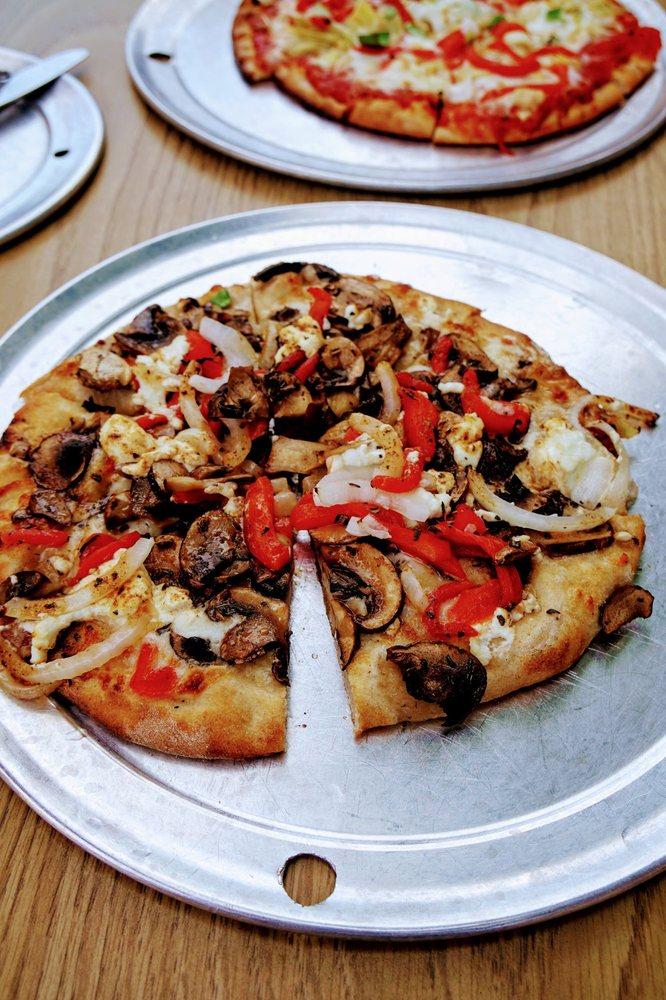East 20 Pizza: 720 Hwy 20 S, Winthrop, WA