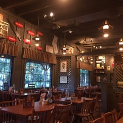 Cracker Barrel Old Country Store 33 Photos 34 Reviews American Traditional 502 Chaffee