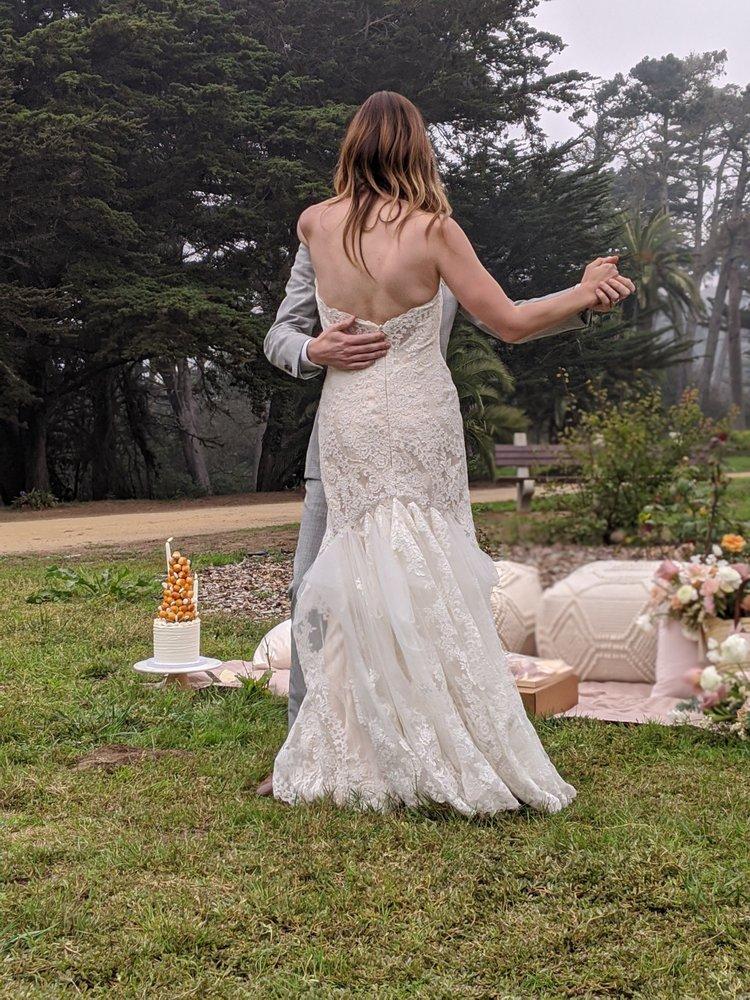Stephanie's Bridal Alteration: Discovery Bay, CA