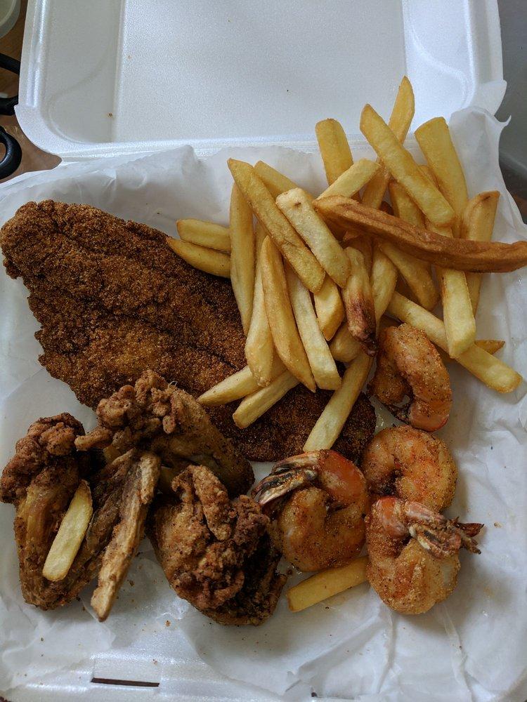 Shrimp Shack & More: 7307 St Andrews Church Rd, Louisville, KY