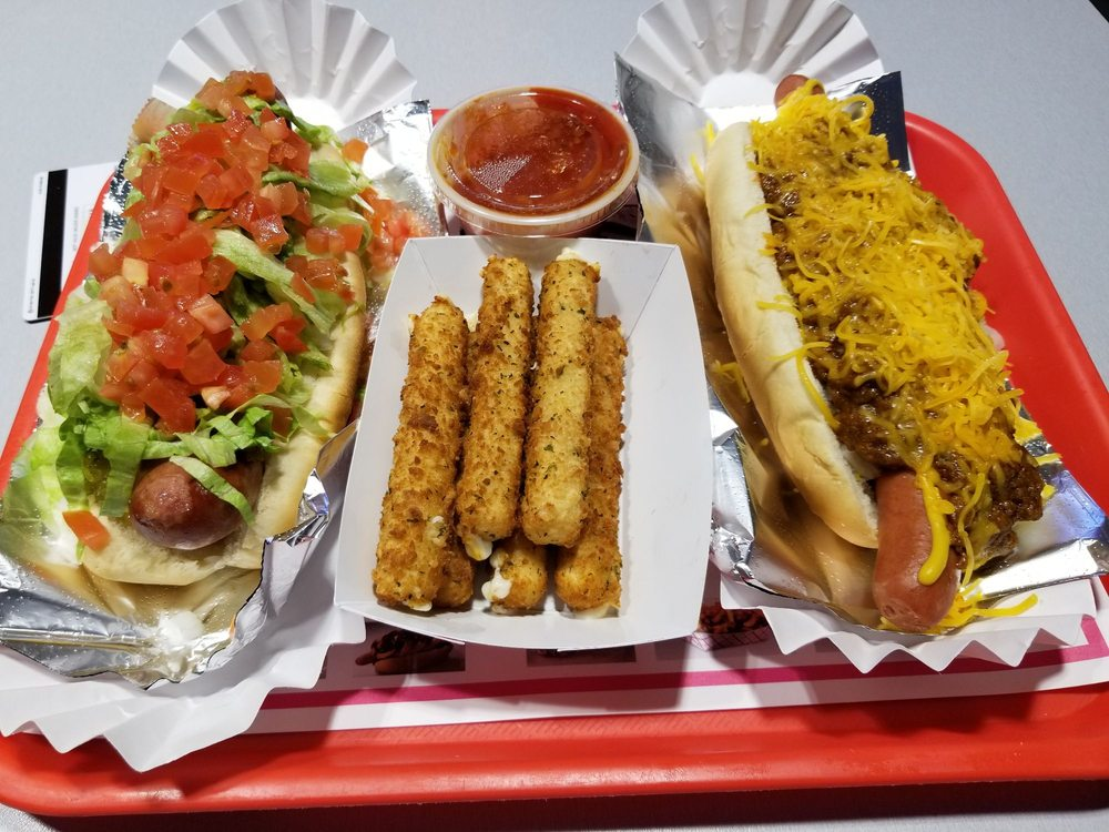 Food from Pink's Hot Dogs