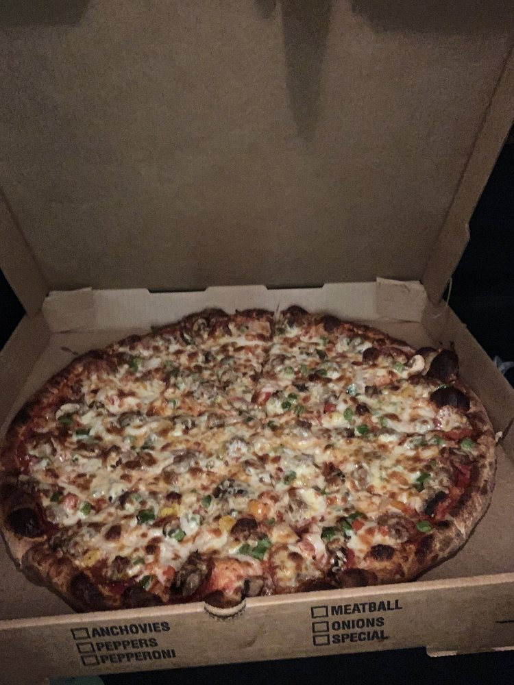 Wolverine Pizza: 1550 Nc Hwy 108, Columbus, NC
