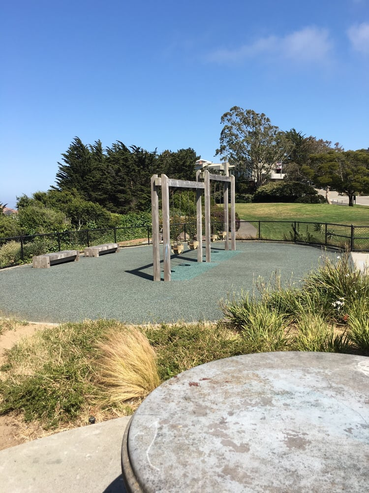 Diamond Heights Dog Park San Francisco