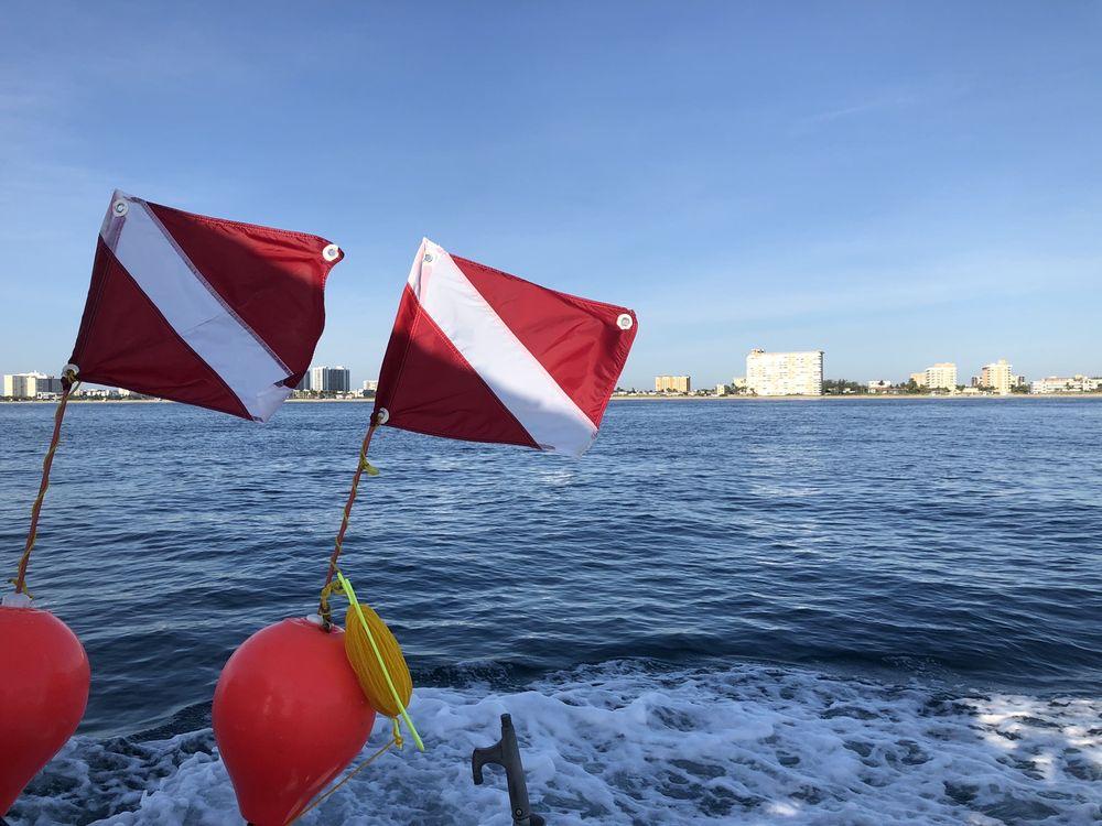 American Diver's International: 691 N Courtenay Pkwy, Merritt Island, FL