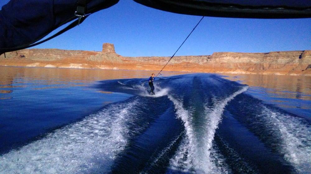Skylite Boat Rentals: 100 Ethan Allen, Big Water, UT