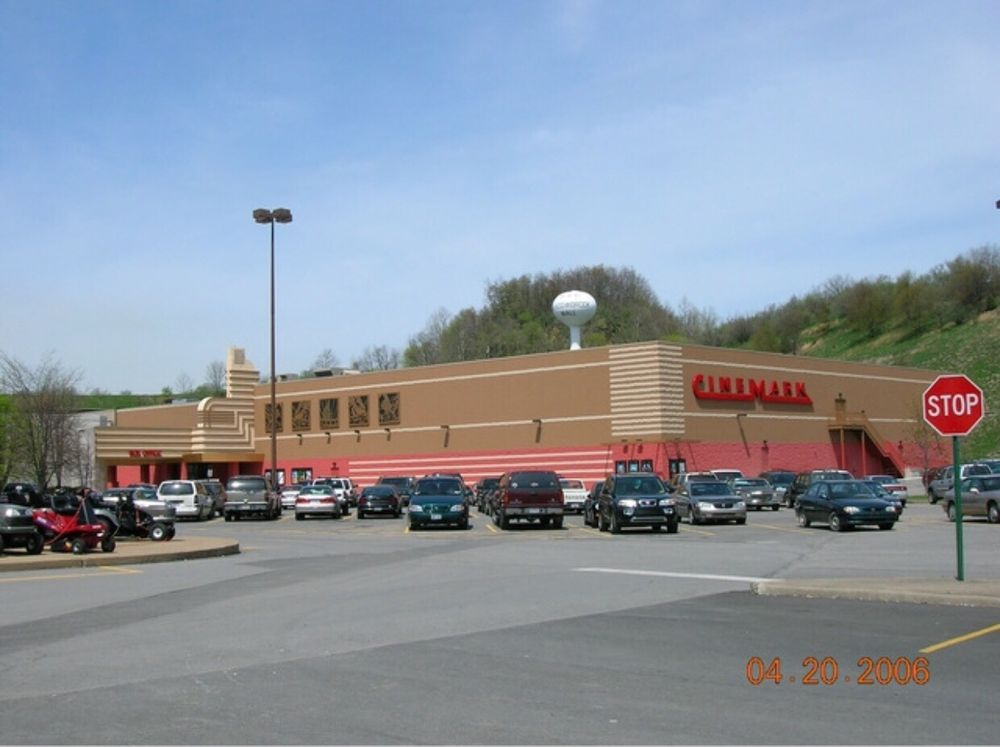 Cinemark Meadowbrook Mall: 2105 Meadowbrook Rd, Bridgeport, WV