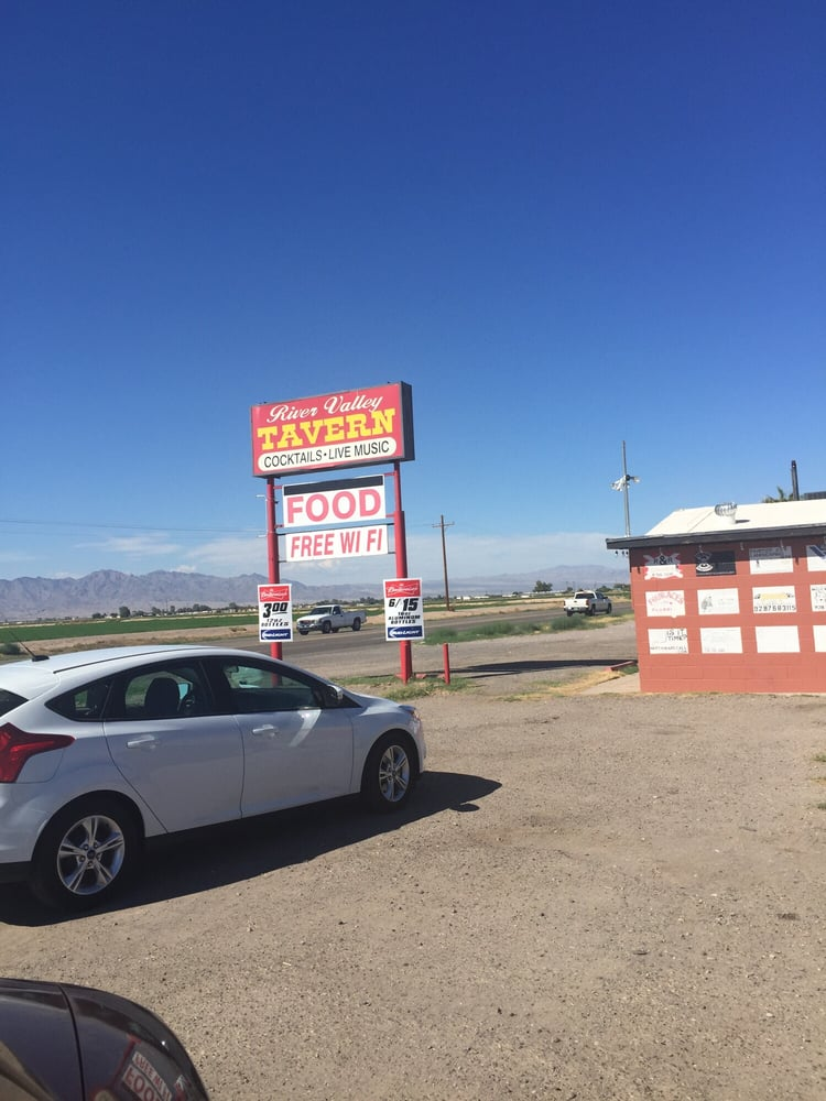 River Valley Tavern: 8804 Hwy 95, Mohave Valley, AZ