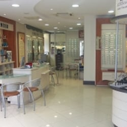 062aecc7080160 Optical Center - Lunettes   Opticien - 2 bis rue Paul Bert, Angers ...