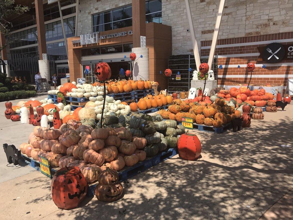 The Market at Stone Oak H-E-B